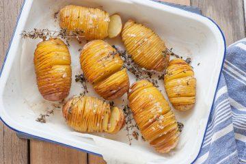 Harmonika krompir sa ruzmarinom i belim lukom