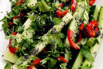 Osvežavajuća salata od svežeg krastavca i maka