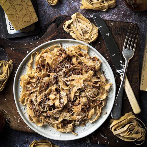 Recept za ragu i testeninu na severnoitalijanski način