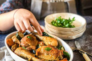 Piletina sa spanaćem i chorizo kobasicom je jednostavan i brz recept iz snova