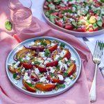Salata od nektarina sa fetom i nanom