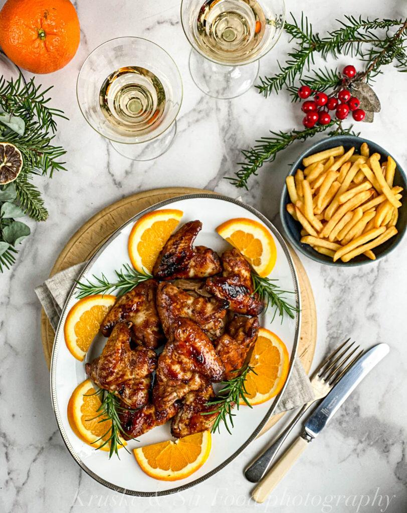 Pileća krilca glazirana u soja sosu, kada su napravljena sa pomorandžom, medom i đumbirom, meni su jedan od najlepših načina za spremanje piletine!