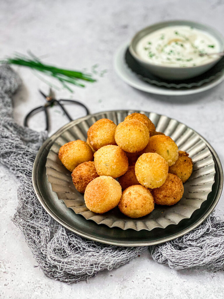 Kroketi od krompira sa i sirom i vlašcem
