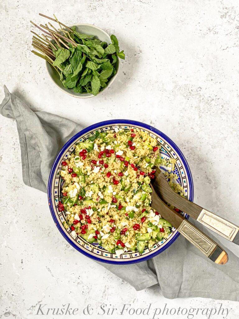 Kuskus salata sa nanom, fetom i narom je sočna i ukusna, prava za letnje dane!