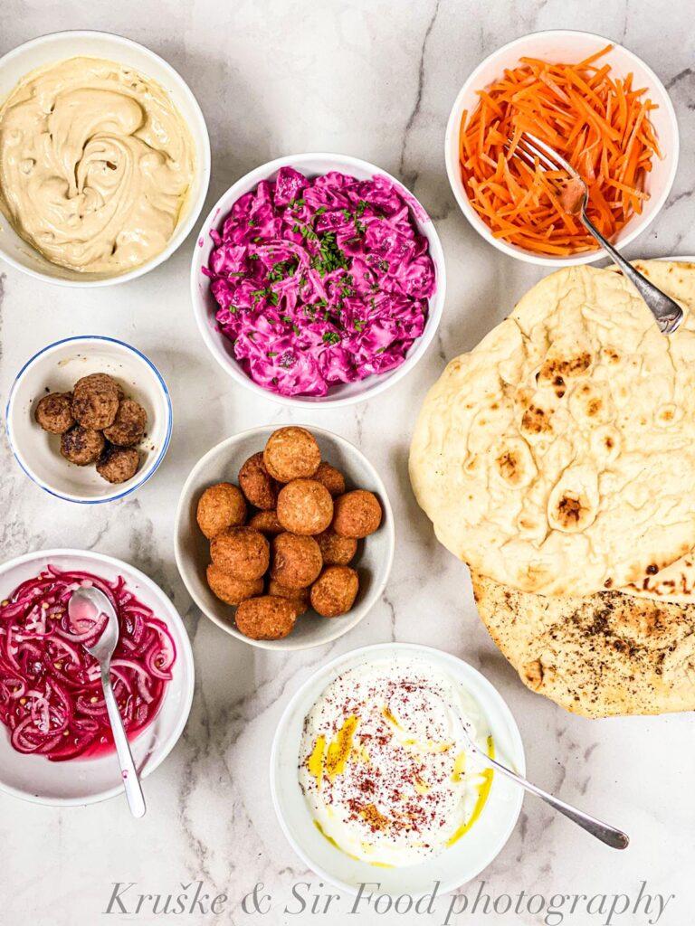 Falafel je jedna od onih namirnica koje se spremaju toliko brzo da bi mogle biti grickalice, a zasitan su i pun obrok!